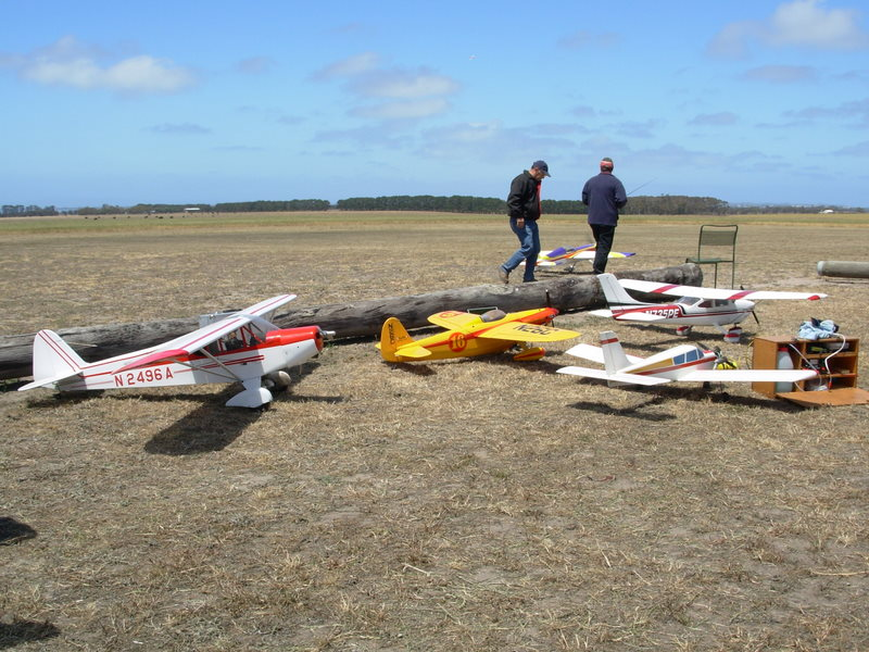 BRMFC models at Geelong club field during their display day in early November 2006